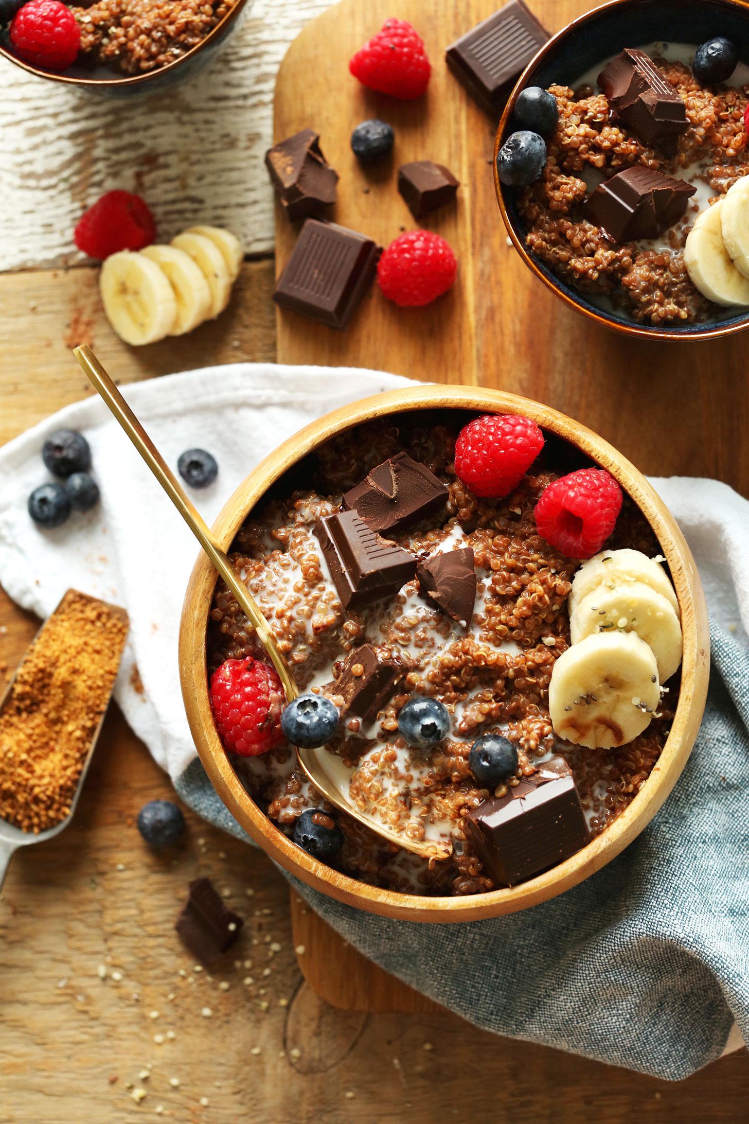 DARK-CHOCOLATE-Quinoa-Breakfast-Bowl-