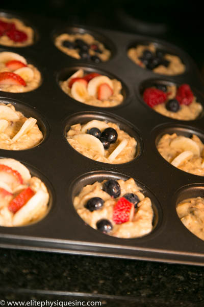 breakfast muffins with fruit
